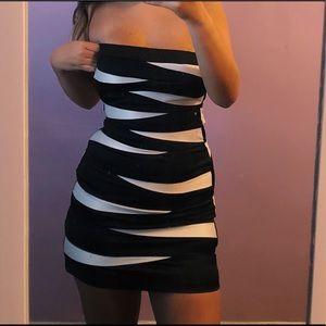 Dresses & Skirts - Black and White Little Dress